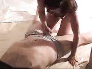Sexo anal con una mujer cachonda