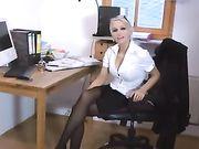 El sexo anal con una rubia novia alemana sexy