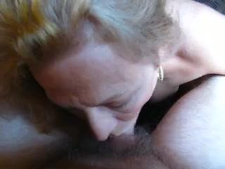 Mujeres maduras teniendo sexo